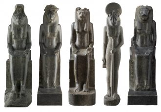 Statue di Sekhmet da Tebe - Karnak Tempio di Amenhotep III (riempiegate nel Tempio di Mut?) Diorite, Nuovo Regno / XVIII dinastia, Amenhotep III (1388 – 1351 a.C.) Torino, Museo Egizio