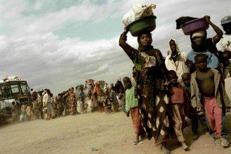 Alex Majoli  Magnum Photos_ Arrival to Kakuma_ Kakuma, Kenia, 2002