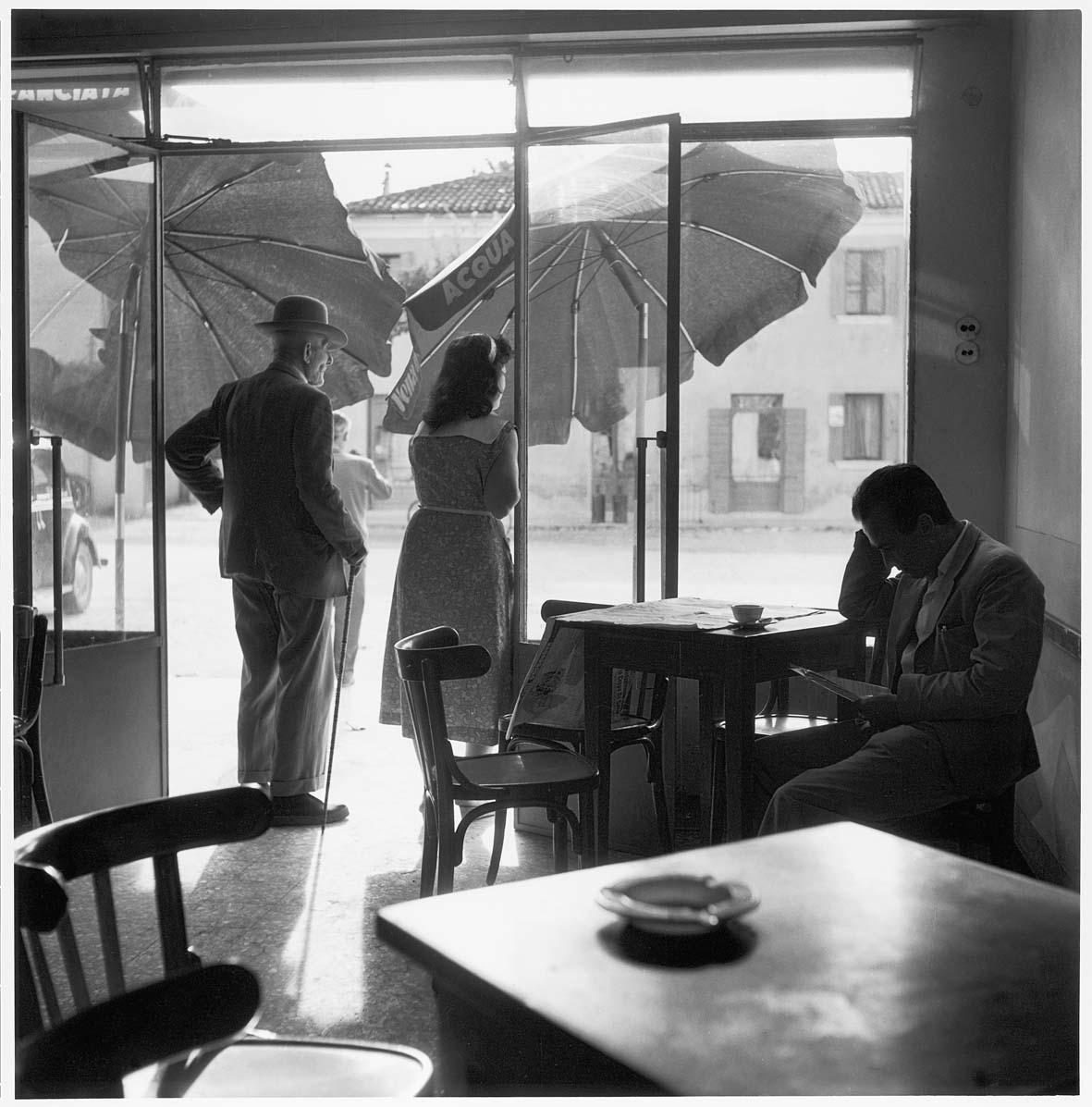 Delta del Po (D.136). Caffè a Rosolina, 1954