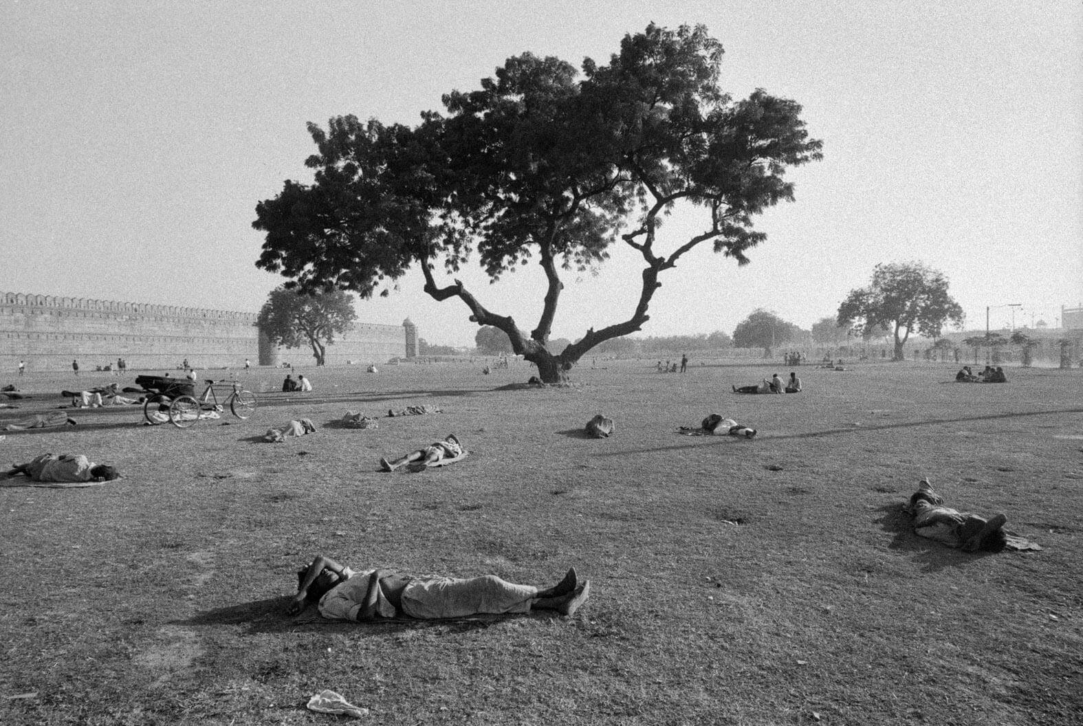 Nuova Delhi, 1972 © Ferdinando Scianna_MagnumPhotos_Contrasto