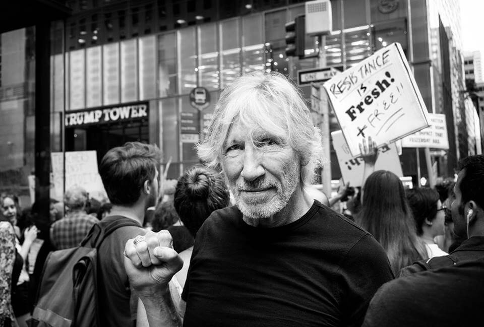 : Roger Waters fan page -  David Peris  https://www.facebook.com/rogerwaters/